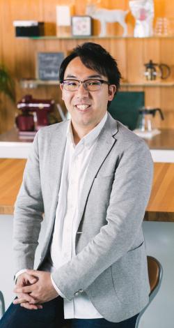 山田 雄介