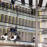 働き手の心理から探る:「失礼にならないように」生産性を下げる日本の働き方