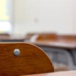 「立ち姿勢」は授業の質を上げるのか ― 中学校では双方向コミュニケーションが活発化
