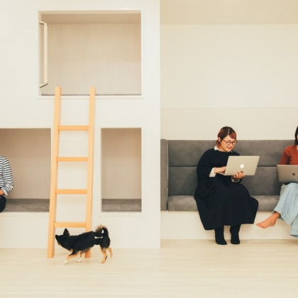 かけがえのない命と寄り添いながら働ける環境に ― シロップが社会に提案する「ペットフレンドリー」なオフィスと働き方